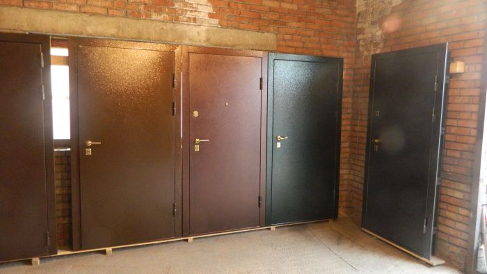 тамбурные стальные двери рф